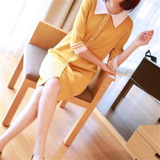 秋装女韩版新款女装时尚气质娃娃领连衣裙宽松中长款针织裙子