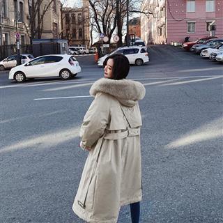 【女装】秋冬新款韩式 后背复式大毛领棉衣2色入