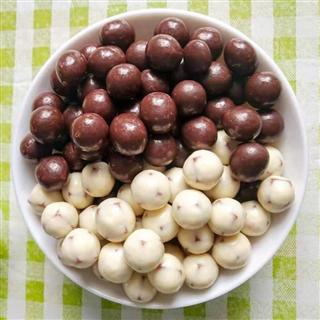 网红酸奶山楂球老式山楂零食巧克力山楂球1000克儿童零食