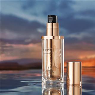 燕窝肽修颜持妆粉底液养肤保湿控油